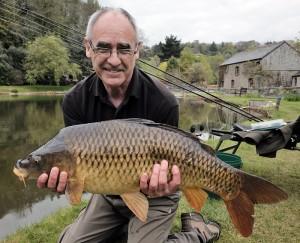 Peter and 16lb carp